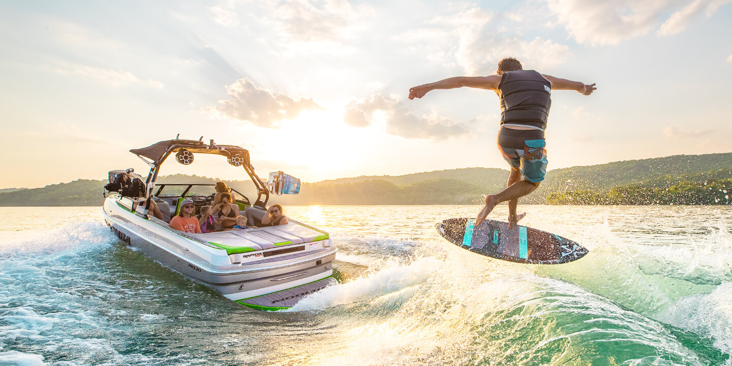 AutoWake, SmartPlate & Flow Surf Systems | Moomba Surf Boat Technology
